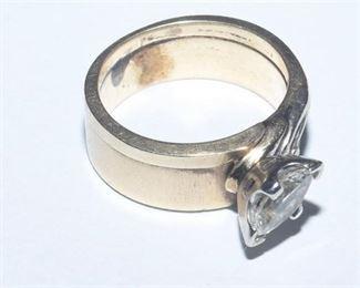 11. 14K Yellow Gold and Diamond Ring