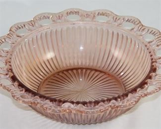"""Anchor Hocking """"Lace Edge"""" Pink Ribbed Serving Bowl"""