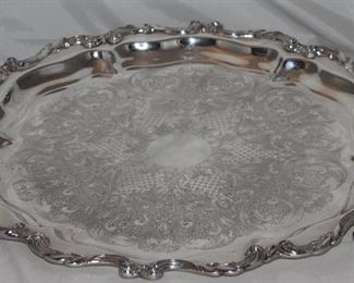 """Wallace """"Le Reine"""" Silver Plate  Footed Torte/Serving Tray (19""""D)"""