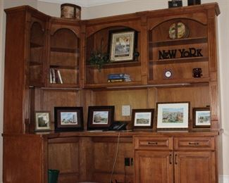 Build-in Cabinet/Desk showing various decor items and Frame Prints