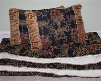 Elephant and Floral Tapestry Queen Bed Comforter with 2 Shams with pillows