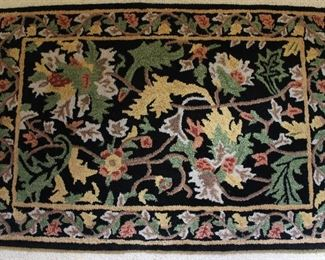"""100% Wool Hand Loped Area Rug.  Made in India 54"""" x 36"""""""