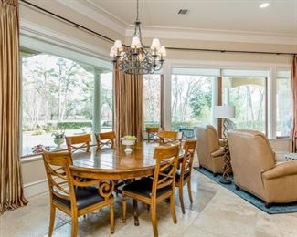 Baker Dinning Room Chairs w/Oval Table