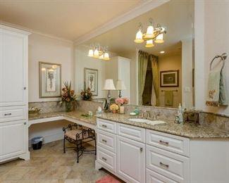 Upstairs Bath off Bedroom
