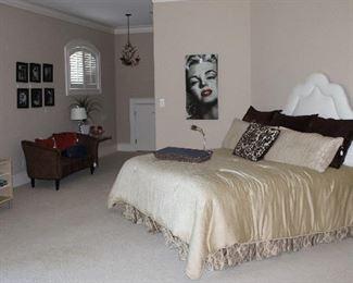 2nd View of Upstairs Bedroom Suite (Bedspread reversed)