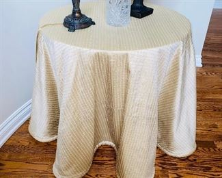 $25 ROUND WOOD TABLE WITH TABLECLOTH