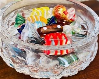 $25 CRYSTAL CANDY DISH WITH GLASS CANDY