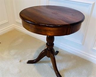 "$150 ANTIQUE BERC ROUND TABLE (HAND-CRAFTED) 24"" DIA x 27.5""H"