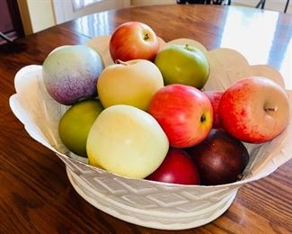 FRUIT IN BOWL