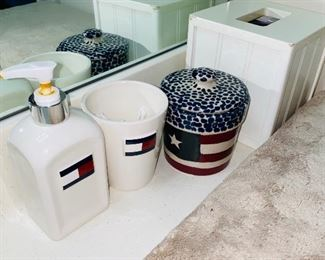 TOMMY BATH SET