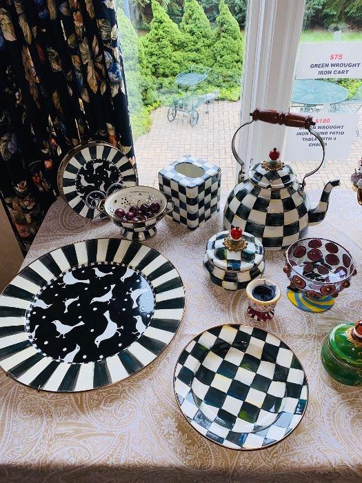 MACKENZIE CHILDS COLLECTIBLE DINNERWARE / PLATES / CAKE STAND / TEAPOT