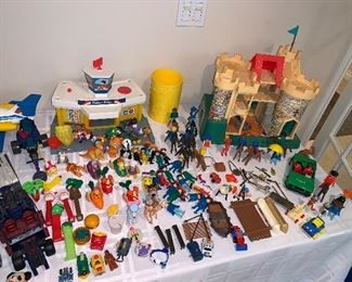 1980s VINTAGE TOYS / ACTION FIGURES/ GI JOE / BATMAN / MATCHBOX CARS / HOT WHEELS