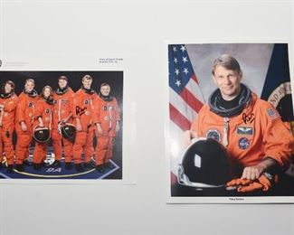S6   Set of Piers Sellers Autographs Crew Member of Space Shuttle Mission STS-112	$74.95