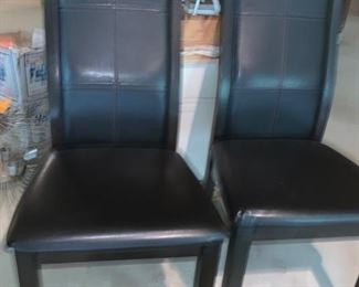 59. Pair of Huffman Koos Black Side Chairs (20'' x 24'' x 40'')