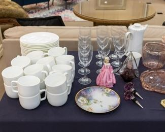 Hotel Collection plates and cups!