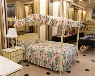 Canopy Bed!