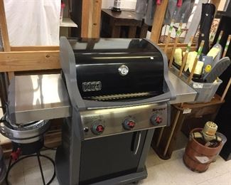 Like new weber natural gas grill