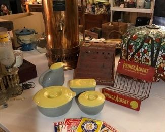 "General Electric yellow and gray set, Prince Albert display, copper Ewarts  ""Lightning"" Geyser"
