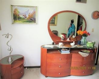 VINTAGE DRESSER WITH MIRROR AND SIDE TABLE