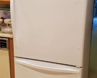 "33"" Whirlpool 21.9 cu. ft. White Bottom Freezer Refrigerator (Energy Star) $500.00 MUST BE MOVED BY SUNDAY"