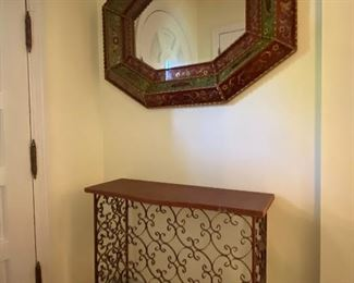 ENTRY CONSOLE AND MIRROR