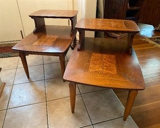 Lane MCM stepback end tables with matching coffee / cocktail table.