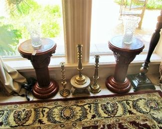 Beautiful pedestals with marble tops, brass decor & crystal vases.