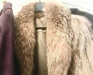$40-Vintage, Custom Made fur coat, Fits up to a petite Large, Needs some tlc