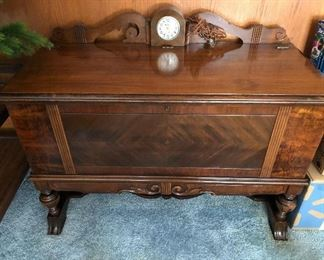 Rare Art Deco Lane Hope - Cedar Chest. Fantastic condition with clock. Cloth wire.  I did not test to see if it worked