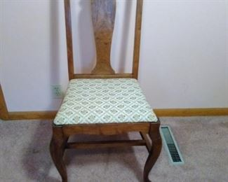 anique wooden dining room chair