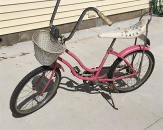 Girls Schwinn bicycle, dated 1982