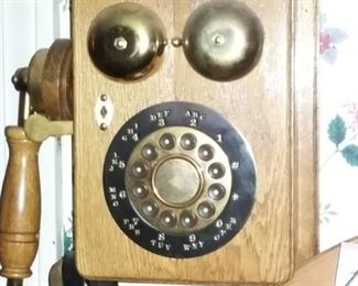 Replica rotary style push button wall phone