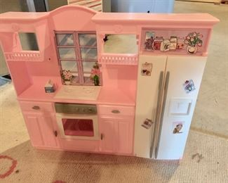 Dollhouse furniture - Barbie size