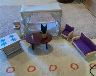Wood dollhouse furniture - Barbie Size