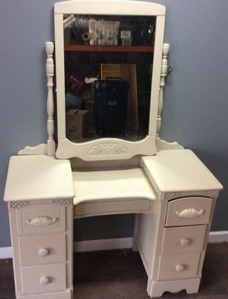 VANITY WITH MIRROR, 6 DRAWERS