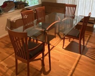 Glass Dinning table n Chairs