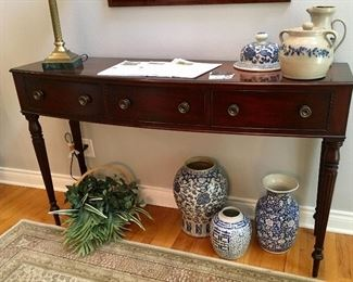 Very NICE Federal style Baker Furniture table.