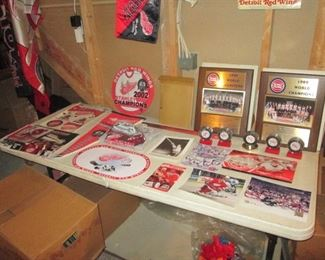 Redwing Collectables