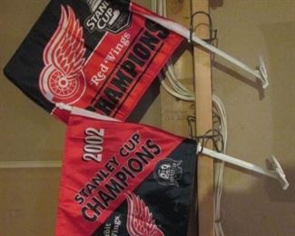Red Wing Window Flags