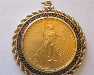 Gold Coin in 14kw. Rope Bezel