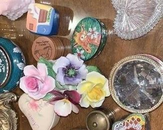 Trinket boxes (of all sizes and types)