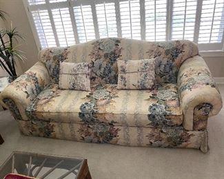beautiful sofa MONDAY PRICE $75