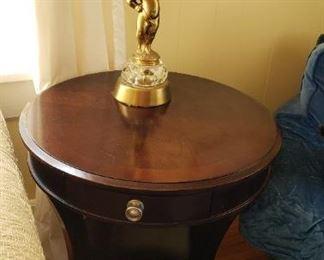 Bassett side table, lamp