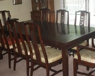 MAHOGANY 8 CHAIR TABLE SET