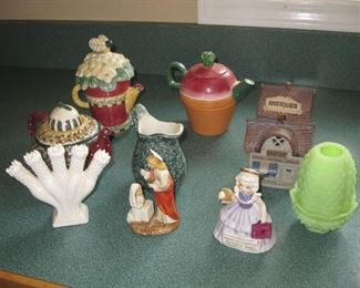 Debbie Mumm tea pots, Fenton Fairy light