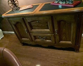 $ 245~ THOMASVILLE BAR/ SERVER