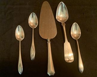 HALF OFF!  $50.00 now, was $100.00......4 Sterling Spoons and One Sterling Server 159g (M149)