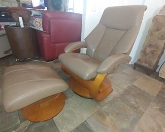 Leather Chair & Ottoman Will Not Be Included In Discount Days