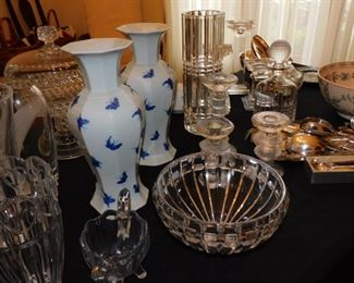 lots of fine crystal and glassware... more images coming