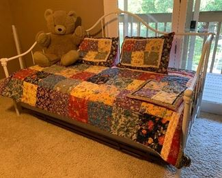 $290~ PRECIOUS DAY BED/ TRUNDLE BED